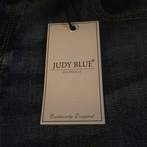 Designer Judy Blue boyfriend cut jeans